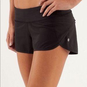 "Lululemon black speed shorts 2.5"" inseam"